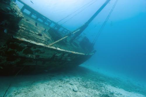 6 - Andrew Jalbert - underwater shipwreck